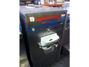Eismaschine Bravo Trittico:          Artikelzustand  gebraucht     Kühlsystem  Wasserkühlung