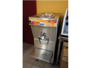 Eismaschine Ott Freezer Masterchef S:          Artikelzustand  gebraucht     Füllmenge  10 Liter Flüßigmass
