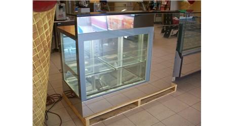 Kühlpult / Bar ISA Banco Bar / 150cm:          Abmessungen:  B 1500/ T 800/ H 1170     Aufteilung Türen/Lade
