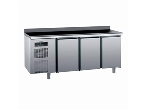 Kühlpult SAGI KUEBA 185cm:     Abmessungen: B 1850/ T 700/ H 985    Aufteilung Türen/Laden: 3 Türen