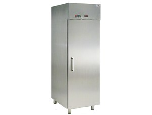 Eislagerschrank ISA Labor 70 RS/RV TB SS:     Abmessungen: B 670/ T 925/ H 2050    Fassungsvermögen/Inhalt: 66 Eis