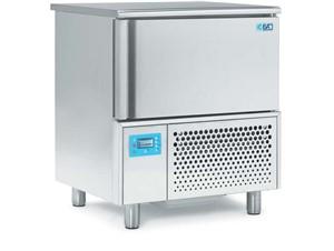 Schockfroster ISA T5 SP GEL:     Abmessungen: B 800/ T 700/ H 920    Fassungsvermögen/Inhalt: 6 Eissc