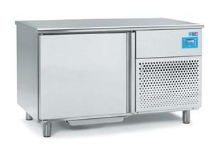 Schockfroster ISA T8 0R SP GEL:     Abmessungen: B 1435/ T 790/ H 870    Fassungsvermögen/Inhalt: 12 Eis